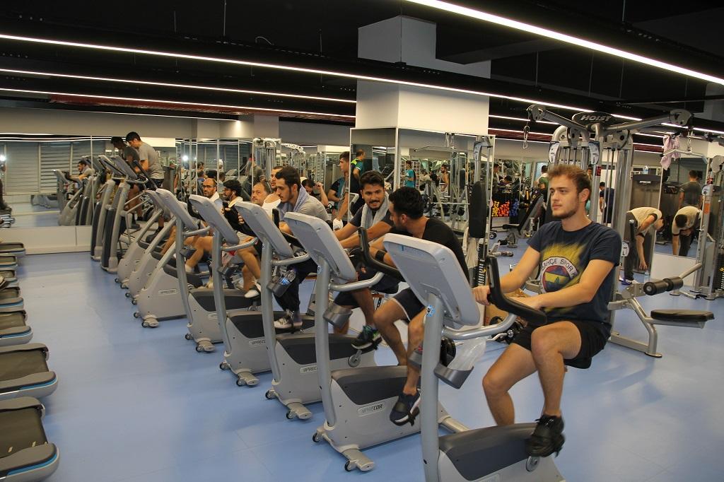 """Akıllı Hareketlilik Haftası Kapsamında """"İBB Spor Tesisleri'nde Spor Etkinliği"""" Düzenlendi"""